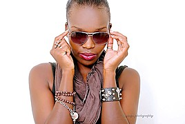 Jecinta Njeri model. Photoshoot of model Jecinta Njeri demonstrating Face Modeling.Face Modeling Photo #96471