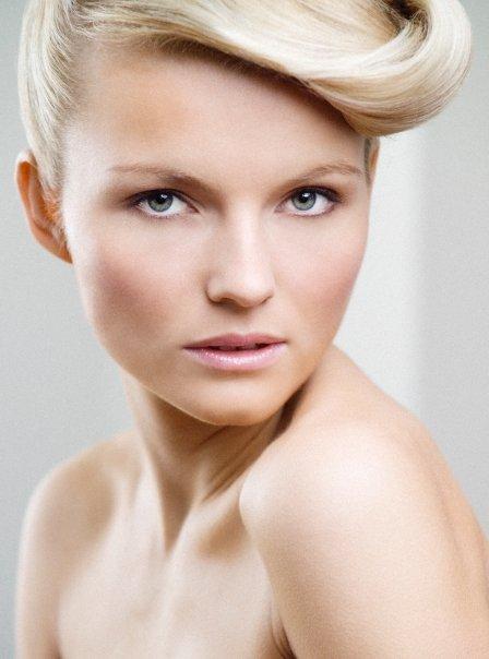 Jen Rossiter makeup artist. makeup by makeup artist Jen Rossiter. Photo #55362