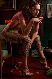 Jen Summers wardrobe stylist. styling by fashion stylist Jen Summers.Editorial Styling Photo #92169
