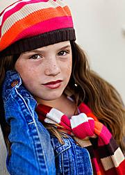 Seattle children's photographer specializing in maternity, newborn, baby, children, tween and seniors. Jennifer Broughton Photography provid