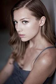 Jenny Tokarev model & actress. Photoshoot of model Jenny Tokarev demonstrating Face Modeling.Face Modeling Photo #162998