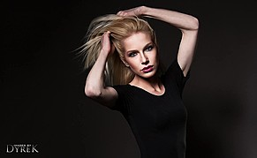 Jessica Layla model. Photoshoot of model Jessica Layla demonstrating Face Modeling.Face Modeling Photo #167762