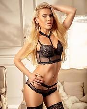 Joanna Borov model. Photoshoot of model Joanna Borov demonstrating Body Modeling.Body Modeling Photo #229599
