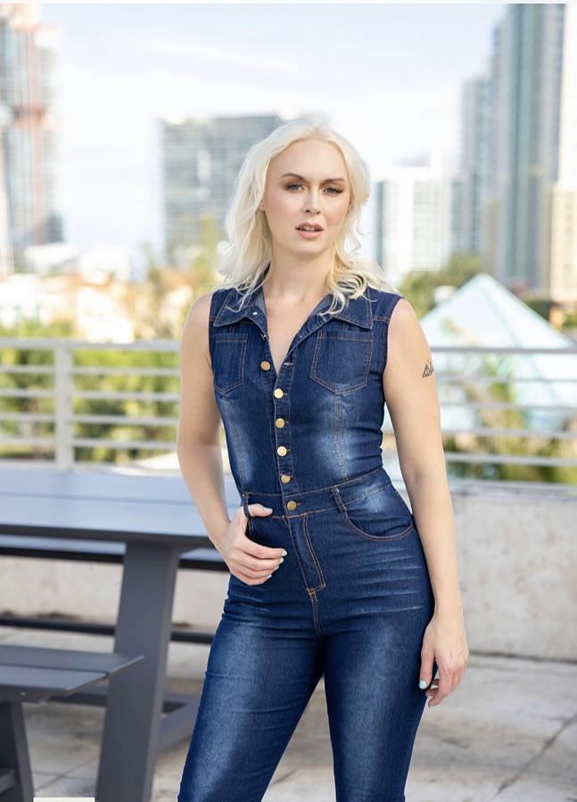 Jodi Pavlock Model
