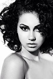 Jordyn Taylor model. Photoshoot of model Jordyn Taylor demonstrating Face Modeling.Face Modeling Photo #91426