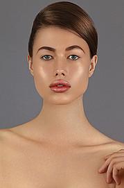 Joy Adenuga makeup artist. Work by makeup artist Joy Adenuga demonstrating Beauty Makeup.Beauty Makeup Photo #62524