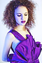 Julia Bruessel model (modell). Photoshoot of model Julia Bruessel demonstrating Face Modeling.Face Modeling Photo #91490