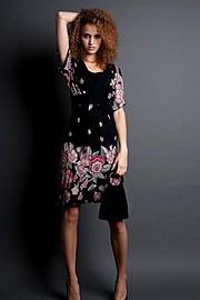 Julia Bruessel model (modell). Photoshoot of model Julia Bruessel demonstrating Face Modeling.Face Modeling Photo #91485