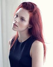 Julie Odlozilikova (Julie Odložilíková) model. Photoshoot of model Julie Odlozilikova demonstrating Face Modeling.Face Modeling Photo #187947