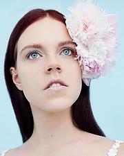 Julie Odlozilikova (Julie Odložilíková) model. Photoshoot of model Julie Odlozilikova demonstrating Face Modeling.Face Modeling Photo #187952