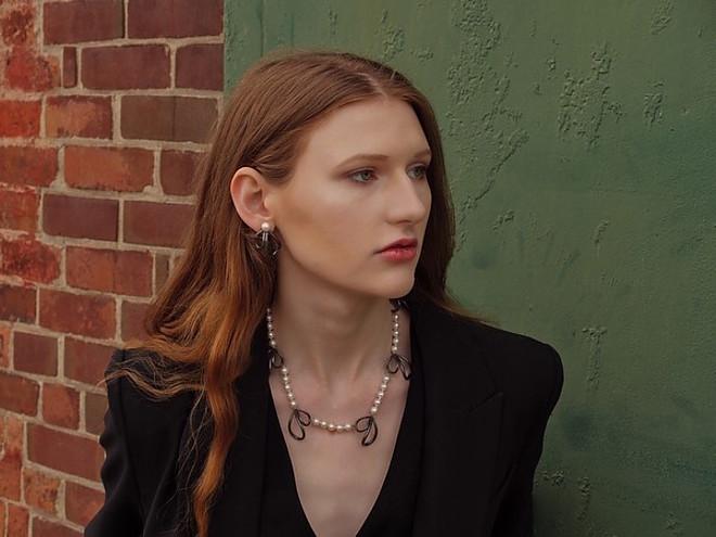 Juliet Sora model. Juliet Sora demonstrating Face Modeling, in a photoshoot by Dan Gordon.photographer: Dan Gordonjewelry: Marina Babic-NorrieFace Modeling Photo #228887