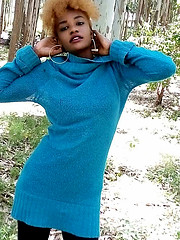 Am a 21 year old from kenya whose hobbies are taking photos and socializing. Am fluent in English and love interacting with people from othe