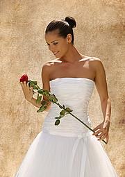 Juliette Czeisz model. Photoshoot of model Juliette Czeisz demonstrating Fashion Modeling.Fashion Modeling Photo #75414