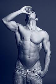 Kalvin Spark model. Photoshoot of model Kalvin Spark demonstrating Body Modeling.Body Modeling Photo #73806