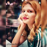Kanika Sharma model singer. Photoshoot of model Kanika Sharma demonstrating Face Modeling.Face Modeling Photo #224311