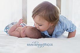 Karey Wood newborn & family photographer. photography by photographer Karey Wood. Photo #134985
