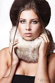 Karina Dunaeva model. Karina Dunaeva demonstrating Face Modeling, in a photoshoot by Julia Victorova.photographer: julia victorovaFace Modeling Photo #112664