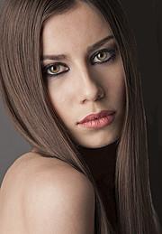 Karina Dunaeva model. Photoshoot of model Karina Dunaeva demonstrating Face Modeling.Face Modeling Photo #112671