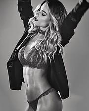 Karina Flores model (modelo). Photoshoot of model Karina Flores demonstrating Fashion Modeling.Fashion Modeling Photo #232232