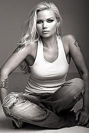 Kat Livingston model. Photoshoot of model Kat Livingston demonstrating Fashion Modeling.Fashion Modeling Photo #143554
