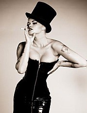 Kat Livingston model. Photoshoot of model Kat Livingston demonstrating Fashion Modeling.Fashion Modeling Photo #143555