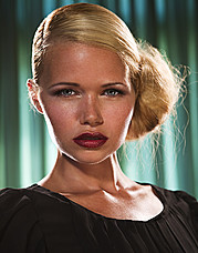 Kat Livingston model. Kat Livingston demonstrating Face Modeling, in a photoshoot by Stacy Leigh.Photographer: Stacy LeighFace Modeling Photo #143556