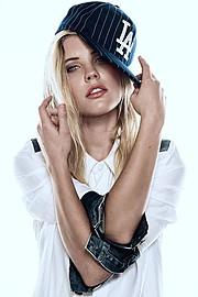 Kate Fisher fashion stylist. styling by fashion stylist Kate Fisher. Photo #149286