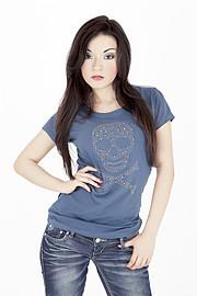Katherine Funes è nata a San Salvador,El Salvador il 18 Aprile di 1991 .La sua passione per il mondo dello spettacolo nasce sin dall'infanzi