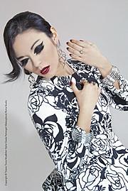 Kate Funes model (modella). Kate Funes demonstrating Fashion Modeling, in a photoshoot by Tiziano Toma.photographer: Tiziano Tomamua/hair : Giada PetrangeliFashion Modeling Photo #92947