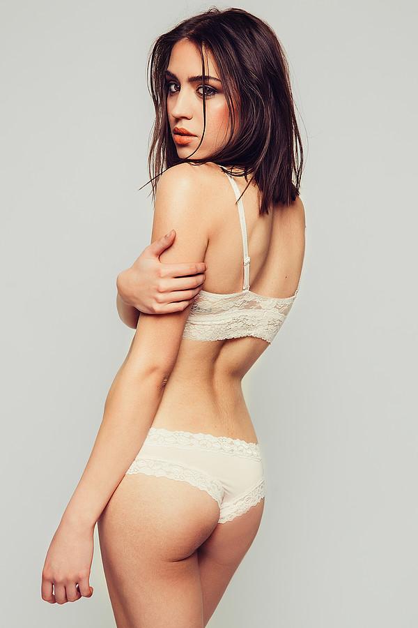 Katerina Karadimas model. Katerina Karadimas demonstrating Body Modeling, in a photoshoot by Vlad Savin.photographer vlad savinBody Modeling Photo #135107