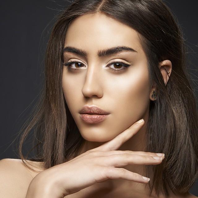 Katerina Karadimas model. Photoshoot of model Katerina Karadimas demonstrating Face Modeling.Face Modeling Photo #135126