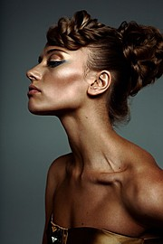 Katerina Khokhlova photographer (Катерина Хохлова фотограф). Work by photographer Katerina Khokhlova demonstrating Portrait Photography.BraidsPortrait Photography,Beauty Makeup Photo #58035