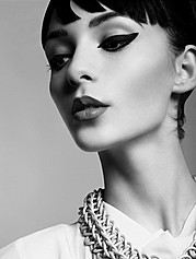 Katerina Theofilopoulou makeup artist (μακιγιέρ). Work by makeup artist Katerina Theofilopoulou demonstrating Beauty Makeup in a photoshoot by Liv Friis-Larsen.Photographer Liv Friis-Larsenhair: Christy LazouBeauty Makeup Photo #139883