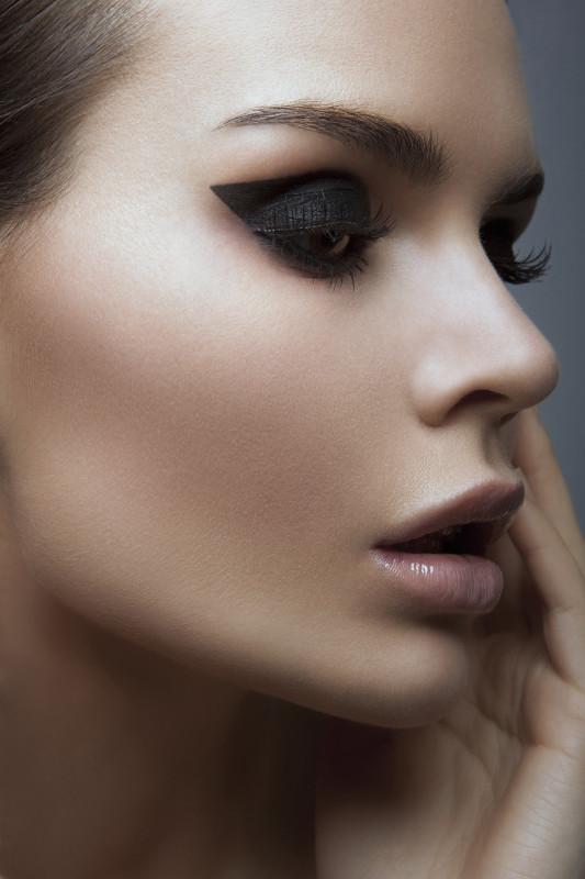 Katerina Theofilopoulou makeup artist (μακιγιέρ). Work by makeup artist Katerina Theofilopoulou demonstrating Beauty Makeup.Beauty Makeup Photo #139888