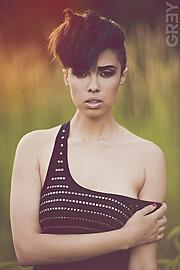 Katherine Gulling model. Photoshoot of model Katherine Gulling demonstrating Face Modeling.Face Modeling Photo #95349