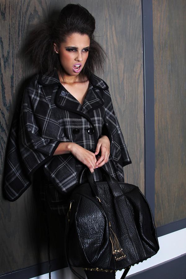 Katherine Gulling model. Katherine Gulling demonstrating Fashion Modeling, in a photoshoot by Jeannie Casey.photographer: Jeannie CaseyModel: Katherine GullingMakeup/Hair: Jessie KimFashion Modeling Photo #95352