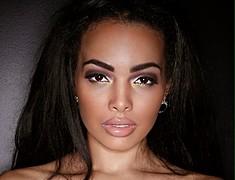Katherine Highgate model. Photoshoot of model Katherine Highgate demonstrating Face Modeling.Face Modeling Photo #173044