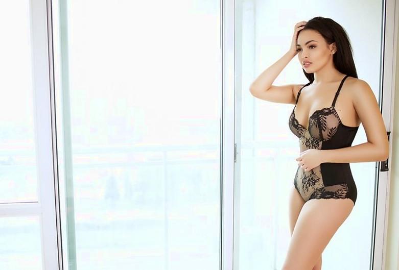 Katherine Highgate model. Photoshoot of model Katherine Highgate demonstrating Body Modeling.Body Modeling Photo #225189