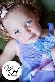 Kathrine Halvorsen photographer (fotograf). Work by photographer Kathrine Halvorsen demonstrating Children Photography.Children Photography Photo #78748