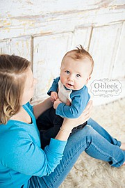 Katie Lee newborn photographer. Work by photographer Katie Lee demonstrating Baby Photography.Baby Photography Photo #45167