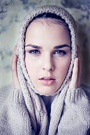 Katie Tulyankina model (модель). Katie Tulyankina demonstrating Face Modeling, in a photoshoot by Ria Tsvetkova.Face Modeling Photo #103224
