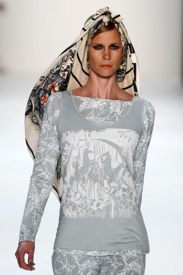 Katlin Kaljuvee fashion designer (Kätlin Kaljuvee moedisainer). design by fashion designer Katlin Kaljuvee. Photo #64508