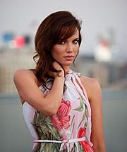 Katrina Elizabeth model. Photoshoot of model Katrina Elizabeth demonstrating Face Modeling.Face Modeling Photo #117983