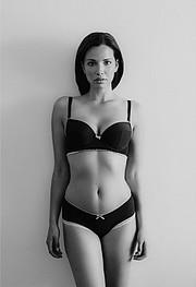Katrina Elizabeth model. Photoshoot of model Katrina Elizabeth demonstrating Body Modeling.Body Modeling Photo #117995