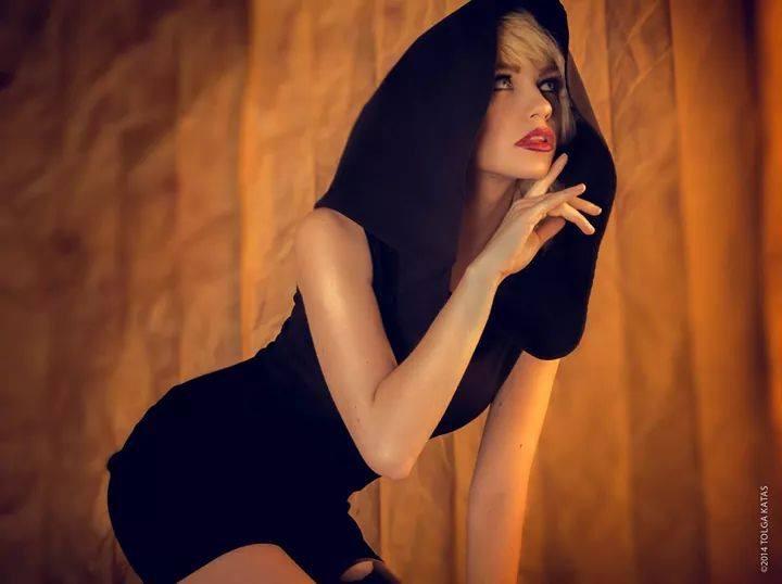 Katrina Wilkinson model. Katrina Wilkinson demonstrating Fashion Modeling, in a photoshoot by Tolga Katas.photographer Tolga KatasFashion Modeling Photo #110096