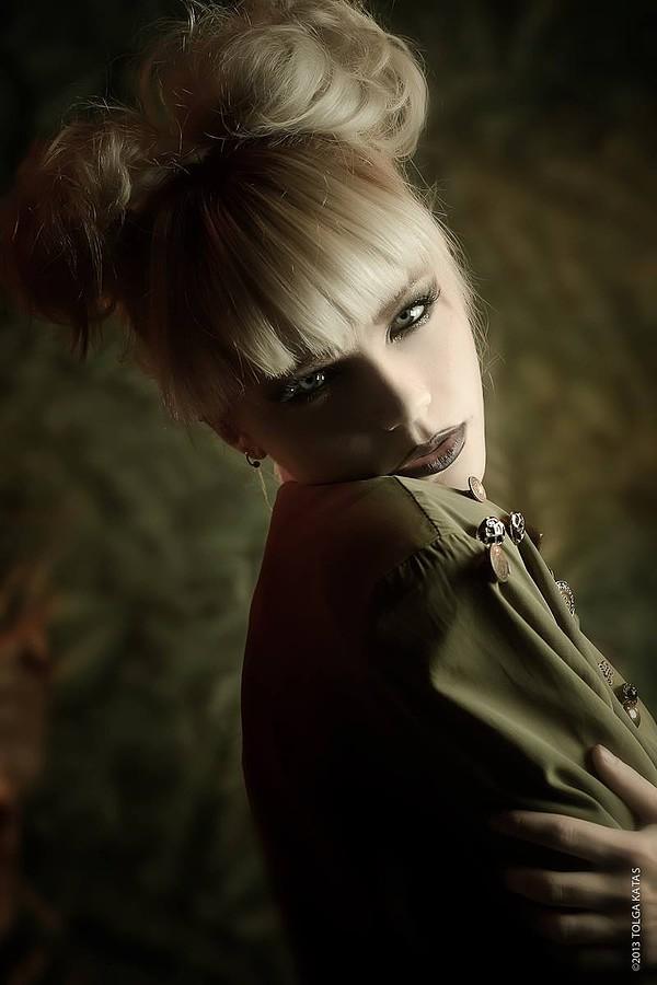 Katrina Wilkinson model. Katrina Wilkinson demonstrating Face Modeling, in a photoshoot by Tolga Katas.Photographer: Tolga KatasHair: Dean SprouleMUA: FeraleneFace Modeling Photo #95843