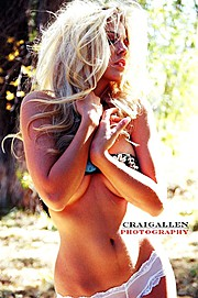 Kelly Kaye model. Photoshoot of model Kelly Kaye demonstrating Body Modeling.Body Modeling Photo #109757