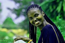 Keziah Mwangi model. Photoshoot of model Keziah Mwangi demonstrating Face Modeling.Face Modeling Photo #229533