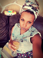 Khairunisa Ejore Makeup Artist
