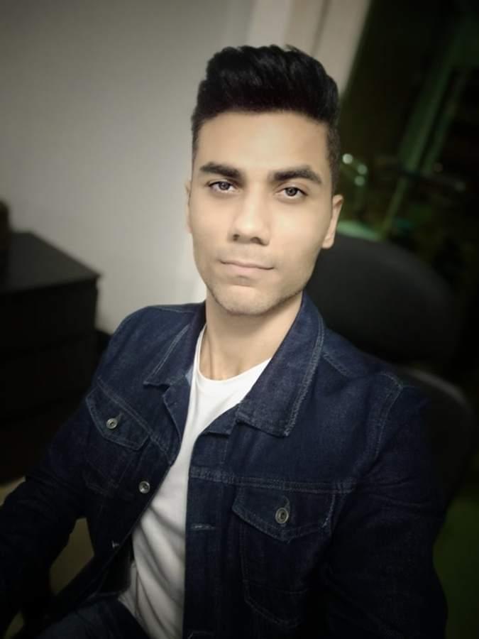 Khaled Sabry model. Photoshoot of model Khaled Sabry demonstrating Face Modeling.Face Modeling Photo #209774